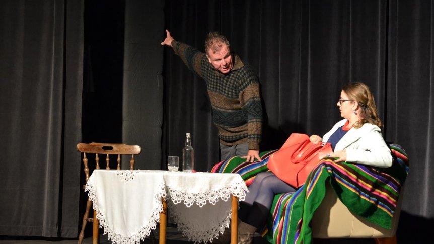 """Spektakl teatralny """"Kandydat"""" w Broku"""