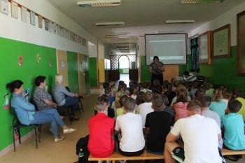 Spotkanie uczniów ZPPO w Broku z kierownikiem KRUS