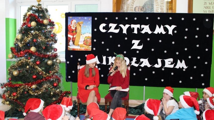 """""""Czytamy z Mikołajem"""" w Zespole Publicznych Placówek Oświatowych w Broku"""