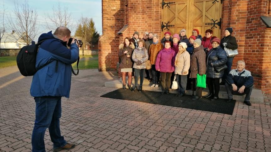 Plenerowe warsztaty fotograficzne brokowskich Seniorów
